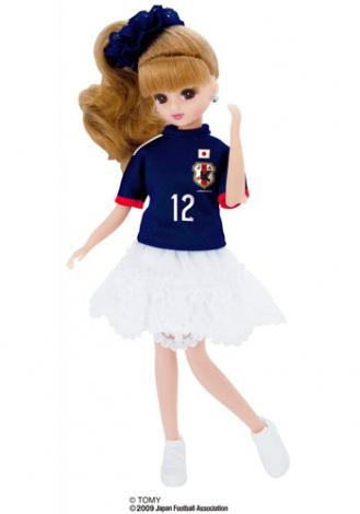 サムネイル サッカー日本代表チームモデル リカちゃん 2014