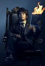 WOWOWの新ドラマ『罪人の嘘』に主演する伊藤英明。悪名高い高級弁護士が主人公の本格リーガルサスペンス(C)WOWOW