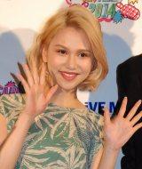 ライブイベント『AH!YEAH!OH!YEAH!2014〜出会いいっぱい〜』に登場した水沢アリー (C)ORICON NewS inc.