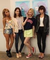 (写真左から)峯村優衣、尾崎紗代子、水沢アリー、安部ニコル