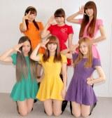 AKB48襲撃事件の『緊急討論会』を開催したChu-Z(前列左から)KAEDE(緑)、あすか(黄色)、LUNA(パープル)、(後列左から)ミク(オレンジ)、KANA(赤)、麻衣愛(ピンク) (C)ORICON NewS inc.