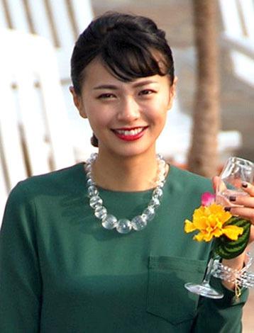 サムネイル 主演映画『私のハワイの歩きかた』の完成披露会見に出席した榮倉奈々 (C)ORICON NewS inc.