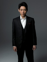 7月7日スタートのTBS系ドラマ『ペテロの葬列』に主演する小泉孝太郎(C)TBS