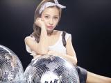 板野友美1stアルバム『S×W×A×G』の新ビジュアル