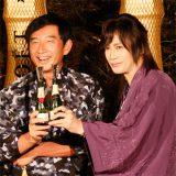 『浴衣でモエ・エ・シャンドン』オープニングイベント 笑顔で乾杯する石田純一と京本政樹