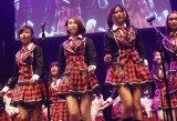 JKT48の6thシングル「ギンガムチェック」発売記念コンサートの模様 (C)JKT48 Project