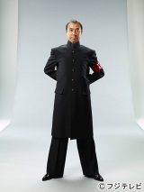 7月期の新ドラマ『あすなろ三三七拍子』で大学の応援団長役演じる柳葉敏郎