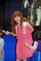子どもたちと『アナと雪の女王』の挿入歌を歌った神田沙也加 (C)ORICON NewS inc.