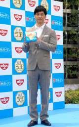 日清ラ王『冷し中華 冷やガーデン−HIYA GARDEN−』オープン記念イベントに出席した西島秀俊 (C)ORICON NewS inc.