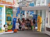 テレビ東京の狩野恵里アナウンサーとナナナが東京・六本木ヒルズにあるテレビ朝日本社にやって来ました (C)ORICON NewS inc.