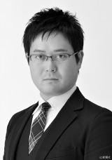 『満願』が第151回「直木三十五賞」候補に選ばれた米澤穂信氏 (C)新潮社