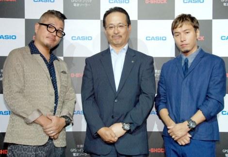 『ハイブリッド G-SHOCK』新製品発表会に出席した(左から)RYO-Z、カシオ・中村寛氏、ILMARI (C)ORICON NewS inc.
