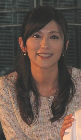 「コドモロイド」へのアナウンス研修を担当した中田。(C)De-View