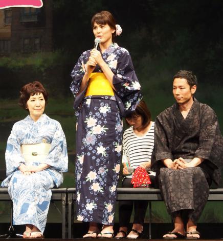 映画『思い出のマーニー』完成披露記者会見に出席した(左から)森山良子、プリシラ・アーン、西村義明P (C)ORICON NewS inc.