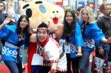 『Japan Expo2014』に出演した徳永ゆうき(写真中央)