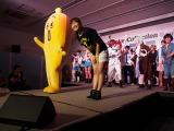 コスプレイベントにテレビ東京の狩野恵里アナウンサーとバナナ社員・ナナナが潜入。盛り上がってくれてありがとう!(C)ORICON NewS inc.