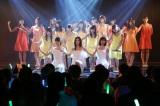 SKE48新曲は最多20人選抜(前列左から松井玲奈、松井珠理奈、須田亜香里)(C)AKS
