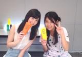 シンガー・ソングライターSuzu(右)がSKE48佐藤すみれとCUPSに挑戦した動画を公開
