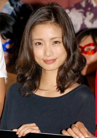 上戸彩 不倫妻役 に夫 Hiroも応援 Oricon News