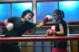 元プロボクサーの父と、彼の指導を受けて幼い頃からオリンピック出場を目指す娘の熱いぶつかり合いを愛情たっぷりに描く(C)TBS