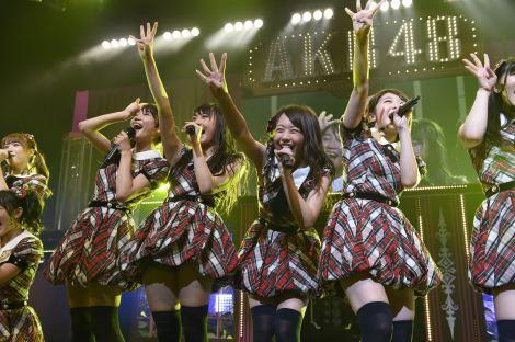 AKB48全国ツアー和歌山公演(チーム4)より(C)AKS