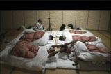 8月20放送『6人の村人!全員集合』とことんまで飲んで雑魚寝した村人たち(C)TBS