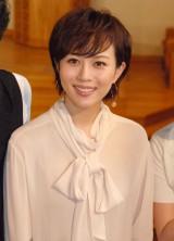 帝国劇場10月公演『ユーミン×帝劇第2弾Yuming Songs…「あなたがいたから私がいた」』製作発表会に出席した比嘉愛未
