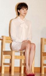 帝国劇場10月公演『ユーミン×帝劇第2弾Yuming Songs…「あなたがいたから私がいた」』製作発表会に出席した比嘉愛未 (C)ORICON NewS inc.