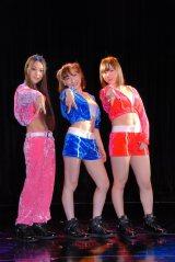 3人組Girls Beat!!(左から)姫乃稜菜、加護亜依、喜多麗美 (C)ORICON NewS inc.