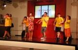 高橋真麻の歌声に乗せてアクロバティックなパフォーマンスを披露したオラキオ体操クラブ (C)ORICON NewS inc.
