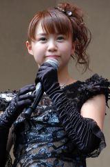 Juice=Juiceの4thシングル「ブラックバタフライ/風に吹かれて」の発売記念イベントに出席した高木紗友希 (C)ORICON NewS inc.