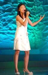 兵庫県出身の中学1年生・山本奈々さん(やまもと・なな 12)=『全日本国民的美少女コンテスト』最終審査の模様