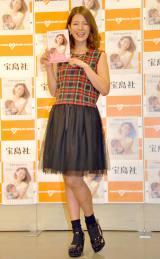 著書『mamazanne』の発売記念イベント前に取材に応じたスザンヌ (C)ORICON NewS inc.