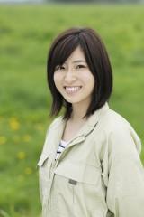 8月10日放送、TBS系『十勝が教えてくれた3つのこと。〜17歳の農村体験  未来への種まき〜』女優の南沢奈央が北海道・十勝地方で「農村ホームステイ」を体験(C)HBC