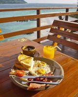 美味しい朝食で、食べ過ぎにご注意?