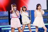 8月20日放送『THEカラオケ★バトル』に「チーム モーニング娘。OG」として出演する(写真左から)保田圭、新垣里沙、紺野あさ美(C)テレビ東京