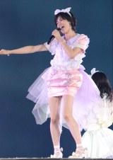 AKB48単独東京ドーム公演に出演した大人AKB・塚本まり子 (撮影:鈴木かずなり)