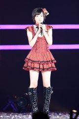 東京ドーム『AKB48グループ東京ドームコンサート〜するなよ?するなよ?絶対卒業発表するなよ?〜』初日公演に出演した生駒里奈(撮影:鈴木かずなり)