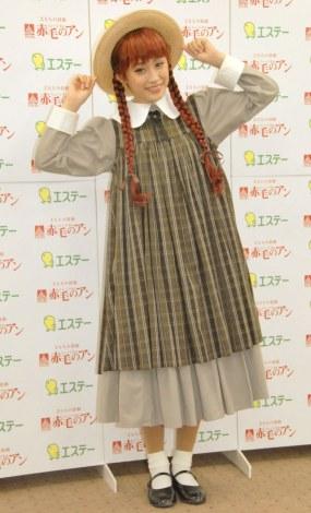 ミュージカル『赤毛のアン』公演前に取材に応じた高橋愛 (C)ORICON NewS inc.