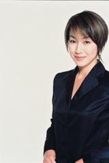 TBSドラマ『SAKURA〜事件を聞く女〜』に出演する高島礼子