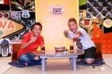 初冠番組をGETした出川哲朗(右)とパートナーゲストの三村マサカズ(左) (C)テレビ東京