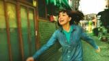 何度フラれても「好き好き好き好き好きー!」ヒロイン桃子(我妻三輪子)のこじらせた恋愛感情が炸裂する映画『さまよう小指』(C)Team The Pinkie