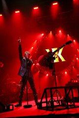 デビュー30周年記念ツアーの大阪2公演で49曲を披露した吉川晃司