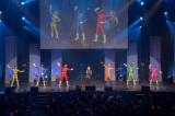 「特ソンまつり2014」では串田アキラとトッキュウジャーが「トッキュウ体操」を披露。(C)2014 テレビ朝日・東映AG・東映
