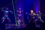 ステージにはギャバン、シャリバン、シャイダーも駆けつけ、『宇宙刑事NEXT GENERATION』を熱唱!(C)2014 東映ビデオ・テレビ朝日・日本コロムビア・東映AG・東映