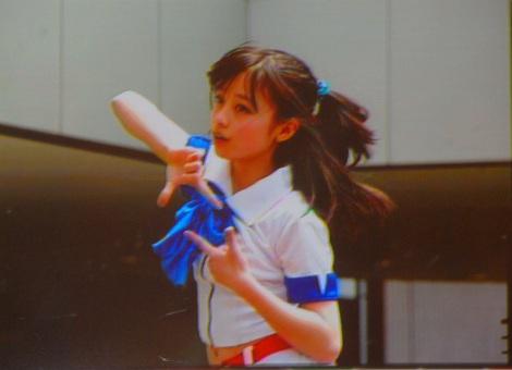 """ブレイクのきっかけとなった""""奇跡の一枚""""もスクリーンに映し出された=橋本環奈Ameba公式ブログ開設イベント (C)ORICON NewS inc."""