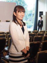 映画『蜩ノ記』(10月4日公開)完成報告会見で司会を務めた狩野恵里アナウンサー