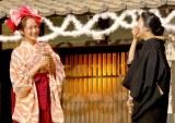 あいさつ中に涙を流した高梨臨(左)=NHK連続テレビ小説『花子とアン』クランクアップ取材会 (C)ORICON NewS inc.