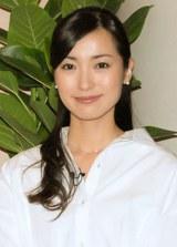 大江麻理子アナ、生放送で結婚報告なし