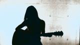 凱旋ライブを開催するエアギター世界王者の名倉七海
